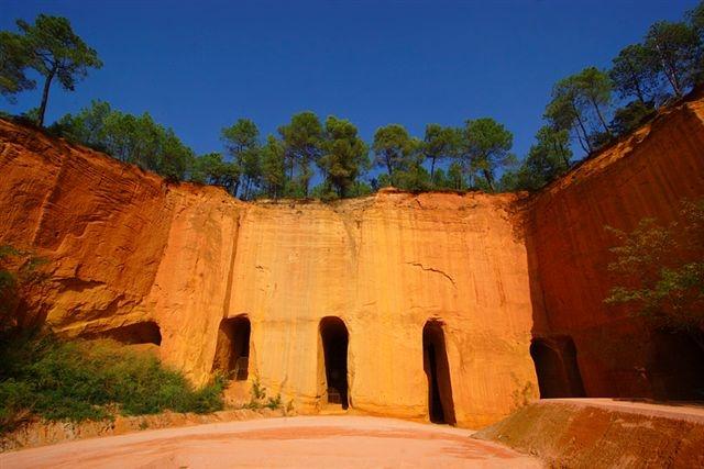 Visite des Mines d'Ocre